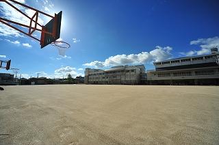 尼崎市立園和小学校